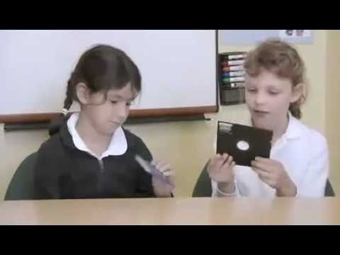 Schoolkids Guess the Ancient Gadgets
