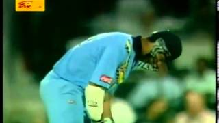 Chaminda Vaas 5 14 against India in the CocaCola Trophy final 2000