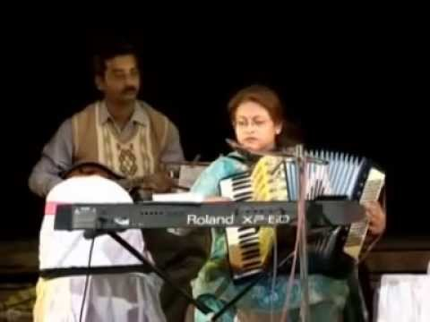 Hindi Song  'Maine Tere Liye' Played by Shanoli with her Piano Accordion