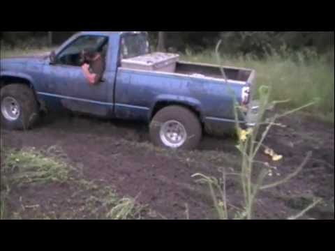 Chevy Trucks Mudding