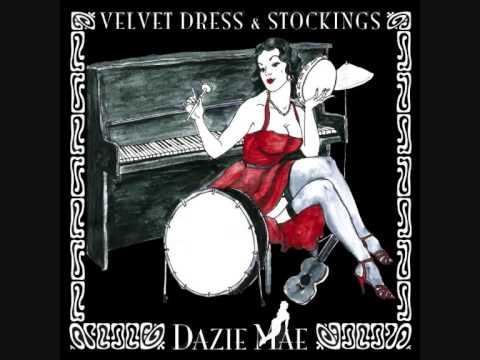 Dazie Mae - Sofa