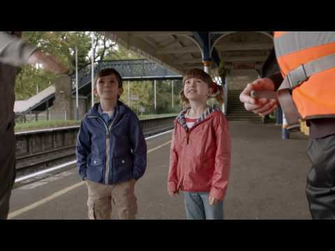 Topsy & Tim 220 - WELCOME HOME  | Topsy and Tim Full Episodes