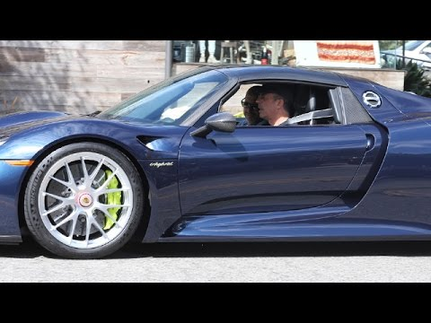 Jerry Seinfeld Takes $1 Million Porsche Spyder Hybrid For A Spin In Malibu, Confronts Photog