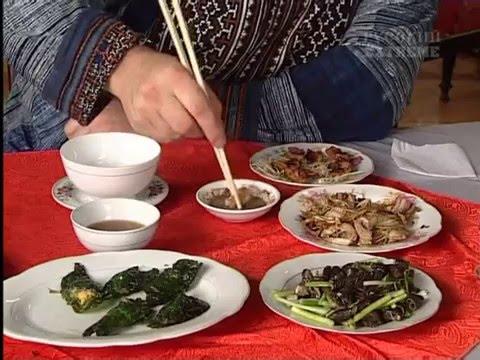 В поисках приключений. Вьетнамская кухня. Блюда из кобры.