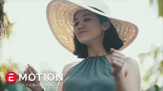 Download Lagu Agatha Suci - Karena Kamu (Official Video) Gratis STAFABAND