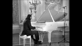 """Intermezzo"" from the Tchaicovsky's ballet ""Swan lake"". Virtuosic piano cover by Karen Kornienko"