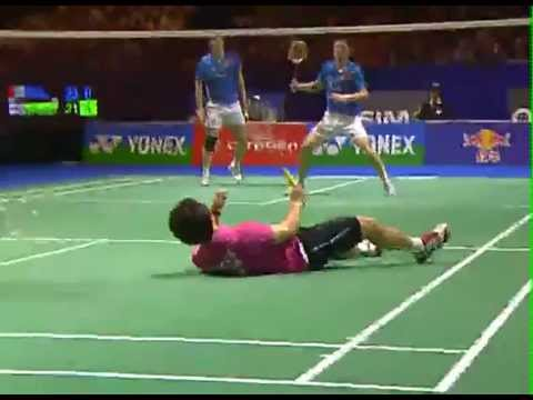 SMASH IT #2 Badminton takes on other racquet sports