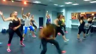 Yo No te Pido la Luna- ZUMBA class with Shiran