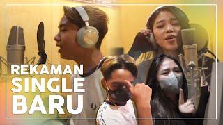 Download lagu ONYO DAN ANNETH BERHENTI REKAMAN, KARENA ADA LIRIK YANG GA SESUAI