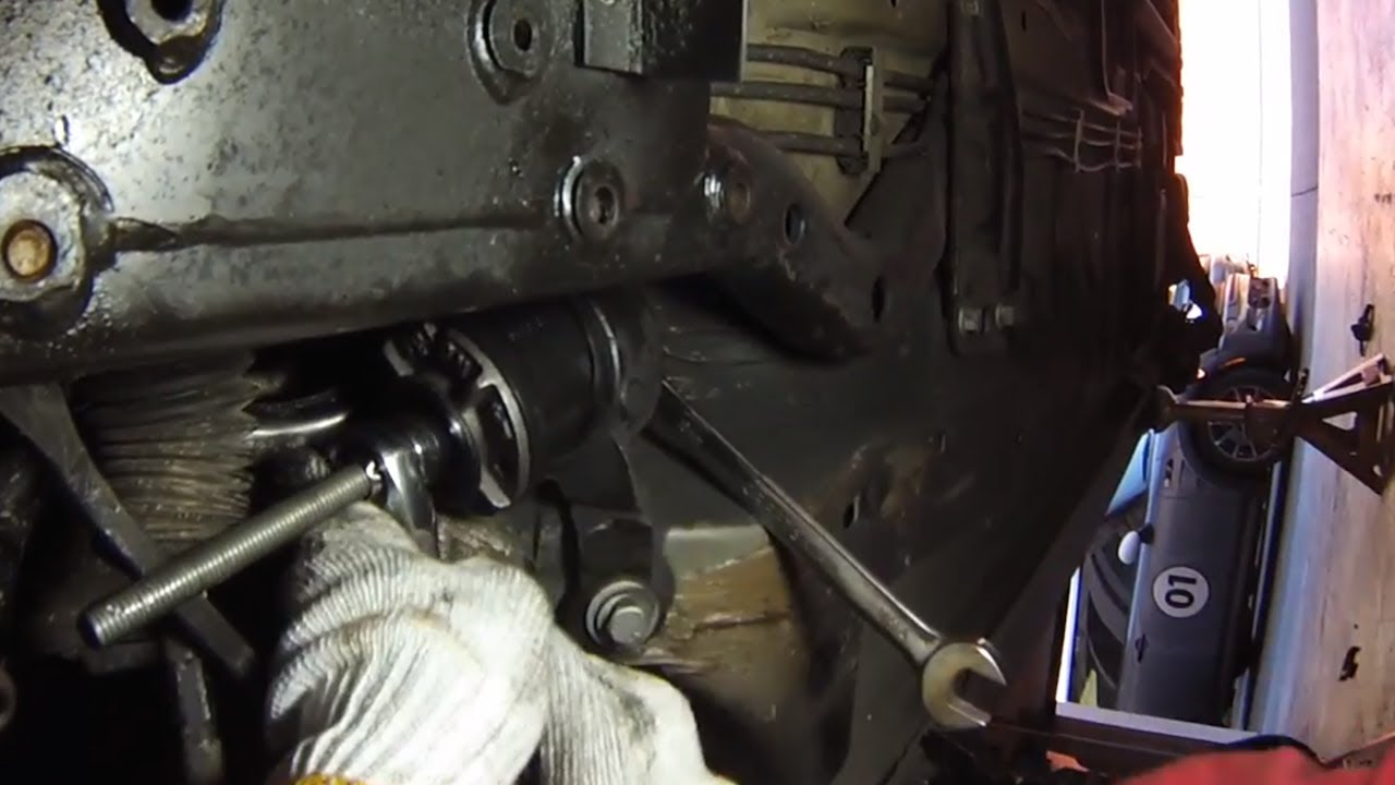 Mini Cooper Control Arm Bushings Done On The Car Cutoff Method Powerflex Youtube