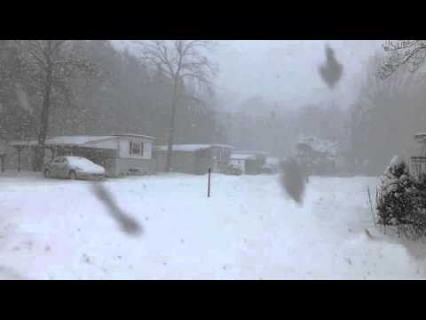 Heavy snow in Chardon, Ohio