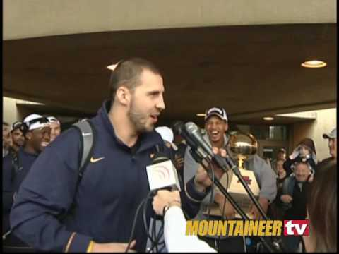 MountaineerTV: Basketball Team Arrival Video