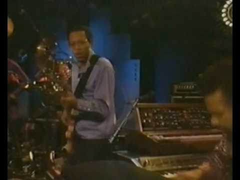 The Crusaders - Standing Tall (Live in LA, 1984)