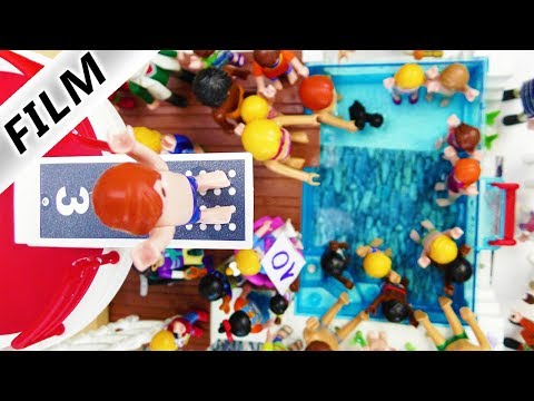 Playmobil Film Deutsch SPRUNG-TURNIER BEI FAMILIE VOGEL IM POOL! KANN JULIAN VOM 3m BRETT GEWINNEN?