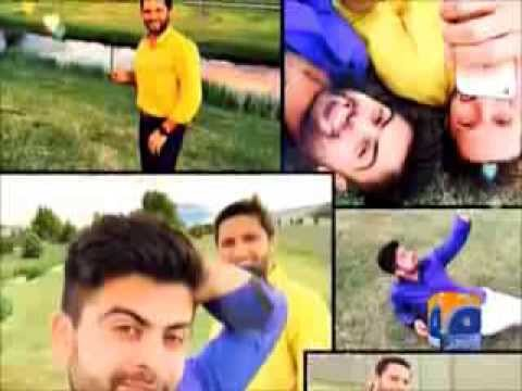 PCB banned Pakistani team from clicking selfies !