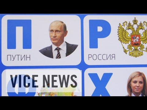 Silencing Dissent in Russia: Putin's Propaganda Machine (Full Length)