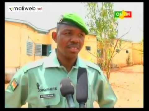 Capitaine Amadou Aya Sanogo chez les officiers stagiaires de la gendarmérie de faladié