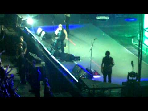 Down With The Sickness - Disturbed **LIVE PORTLAND OREGON**...