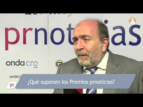 Luis Aparicio recoge el Premio prnoticias a Invertia por Mejor Medio Nativo Especializado