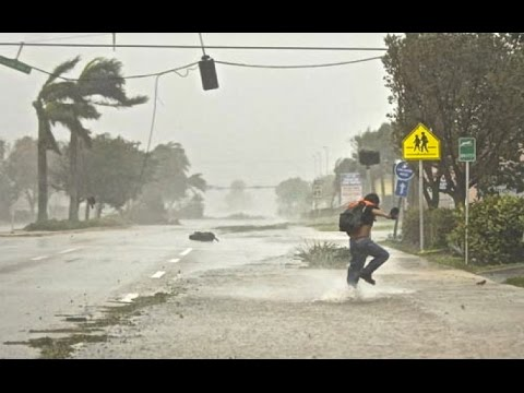 Super Typhoon Vongfong Landfall & Hits Okinawa Japan 台風 ハリケーン 嵐 - Hurricane Storm 10/10/2014