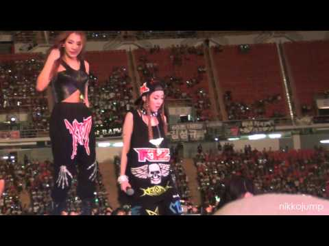 [FANCAM] 130316 CL & Dara 2NE1 @ KMW in BKK 2013 by nikkojump
