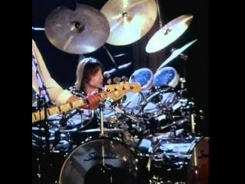 UK - 'Nothing To Lose' (Live) (with original video); drum-cover / remix by Willem van Maanen.