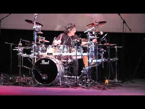 Mike Mangini - No Zone, Annihilator - Santiago Chile (05-10-2010)