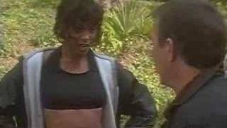 Bodyguard - The Bodyguard (1992) - Movie Trailer