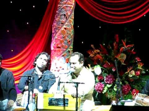Naina thag lengeRahat Fateh Ali Khans concert - Chicago10