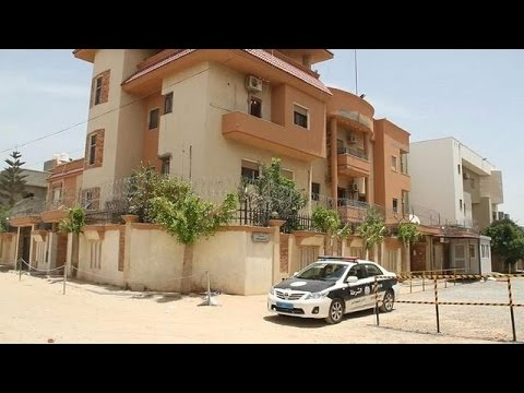 Libya militia kidnap 10 staffers from Tunisia consulate