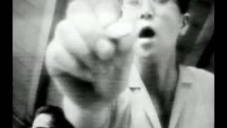 Watch Portishead Machine Gun video