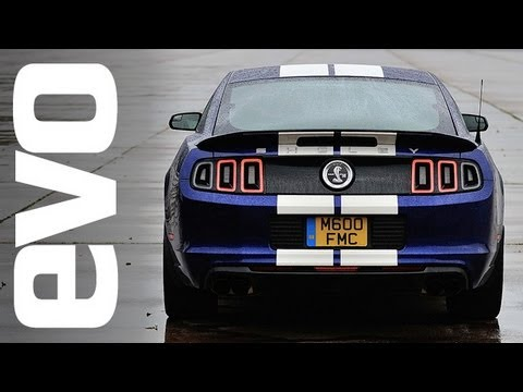 Shelby GT500 Mustang v Mercedes C63 AMG Coupe   evo DRAG RACE