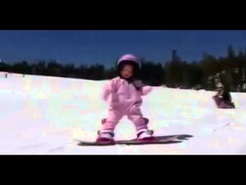 1 éves Snowboardos kislány!