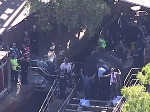 Raw: 4 Killed in Australian Theme Park Accident