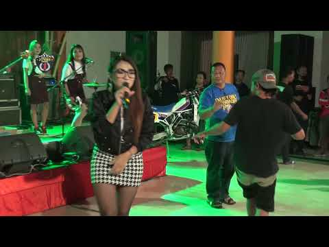 "New Kendedes Live Trawas ""Egois"" (cover)"