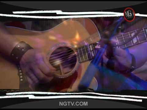 "Bret Michaels - ""Every Rose Has It's Thorn"" Acoustic & Uncensored"