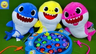 Baby Shark Let's Go Hunt Fishing Kids Game Daddy Mommy Shark Toys Learning Colors Video for Toddlers
