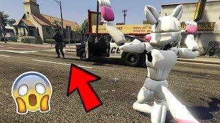 ¿PODRÁ FUNTIME FOXY ESCAPAR DE LA POLICÍA? (GTA 5 Mods)