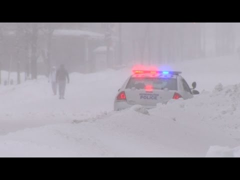 US snowstorm kills at least 19 and causes travel chaos
