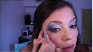 Video Tutorial: Maquillaje Azules en Vertical