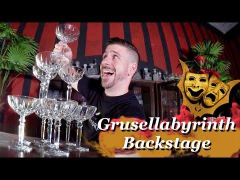 Ich baue eine Champagner Pyramide - Grusellabyrinth Backstage - Werbung