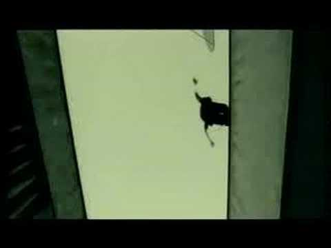District B13 - David Belle chase scene