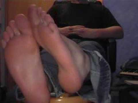 my feet again Video