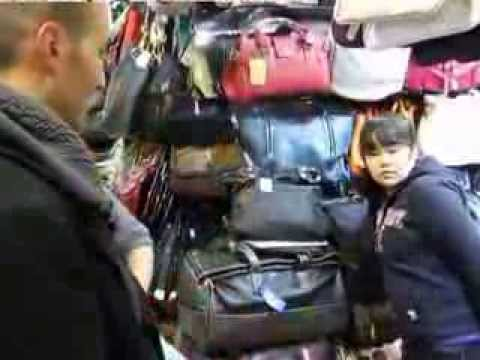 Bargaining Skill at Silk Market in Beijing-Beijing Travel Tips