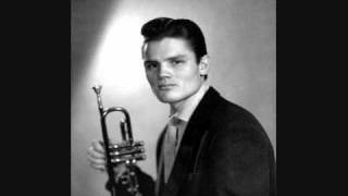 Watch Chet Baker Look For The Silver Lining video