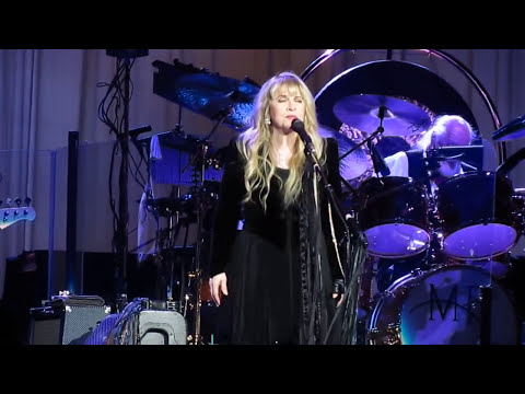 Fleetwood Mac - Sara - Las Vegas - Dec. 30, 2013