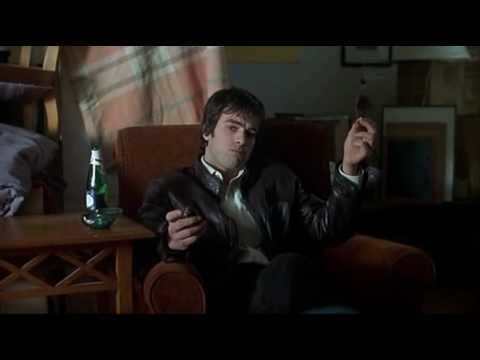 Scne d'ouverture, extrait de De battre, mon coeur s'est arrt (2004)