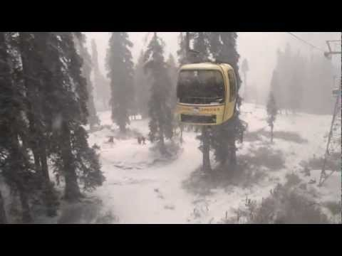 Gulmarg Gondala Ride in Snow fall...Ultimate experience kashmir