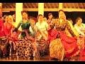 Tari RENGGOMATOYO - Selasa Legen Pujokusuman - Javanese Classical Dance [HD]