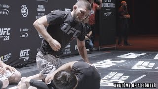 Anatomy of UFC 229: Khabib Nurmagomedov vs Conor McGregor - Episode 4 (Open Workouts
